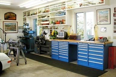 Workbench plans build a woodworking bench shop bench for Ultimate garage plans