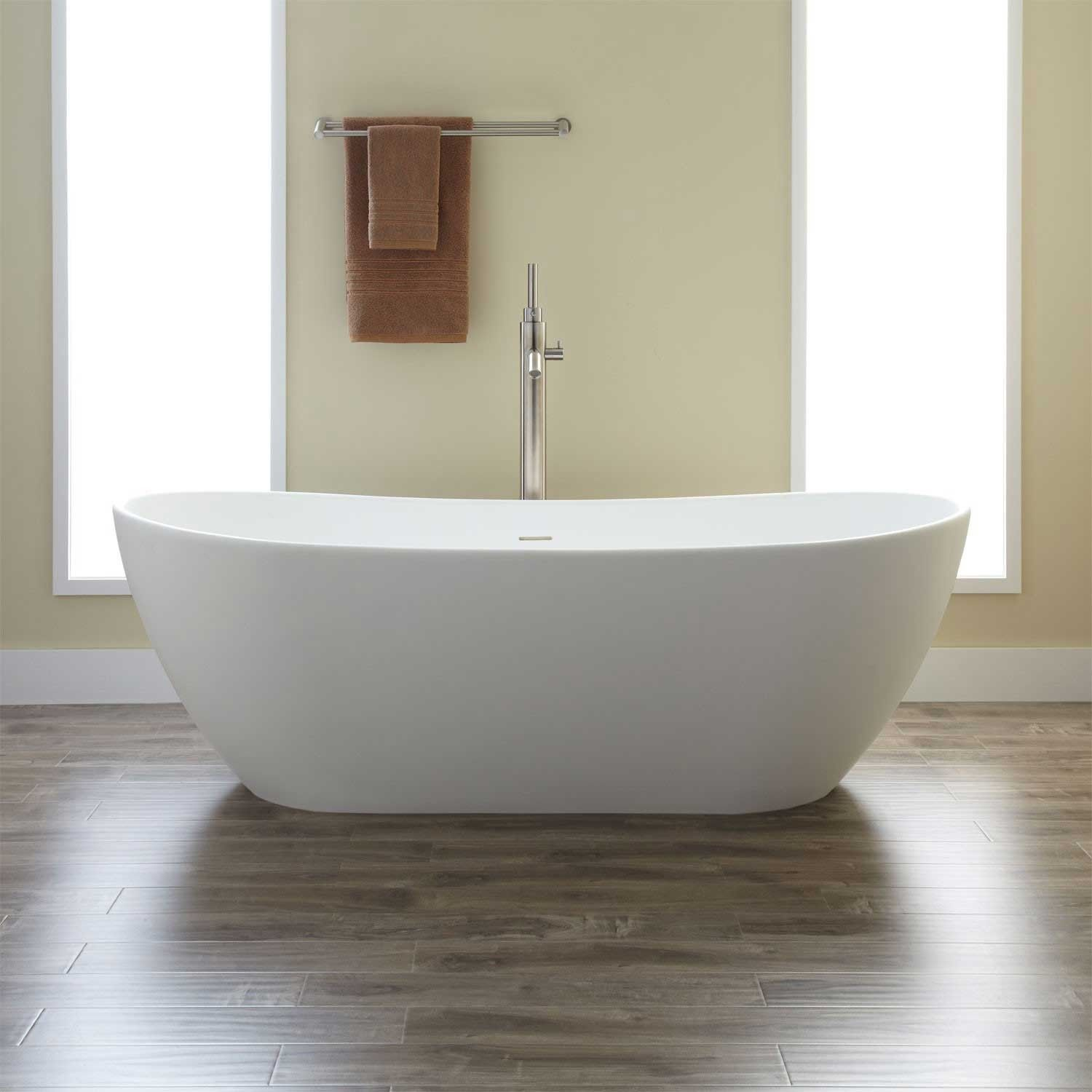 Winifred Resin Freestanding Tub Middle Bath And Love This - Free standing tub dimensions