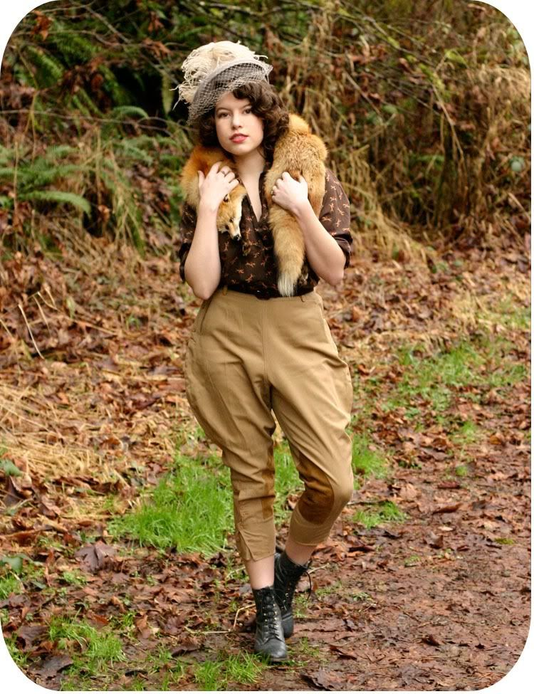 Adorable vintage fashion blog, this gal has here.