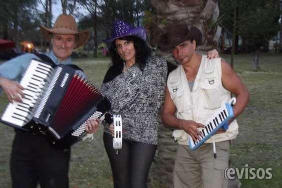 Banda Libre Musica en Vivo en tu reunion  Banda libre, es un show de música en vivo a carg ..  http://piedras-blancas.evisos.com.uy/banda-libre-musica-en-vivo-en-tu-reunion-id-303762
