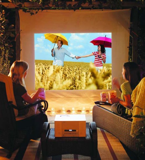 As Shown Here A White Off Shower Curtain Or Sheet Works Well Portable Temporary Projector Screen
