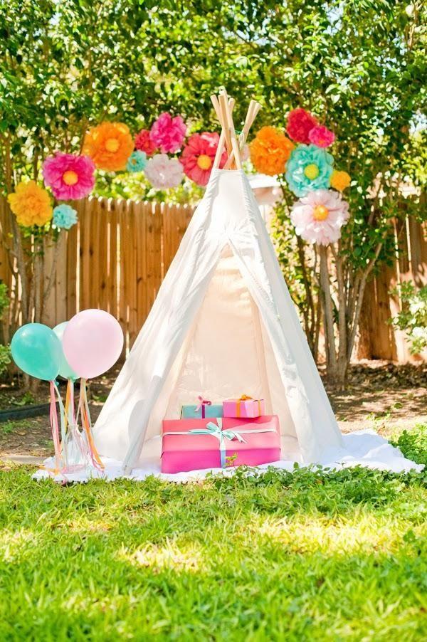 An adorable boho backyard picnic.