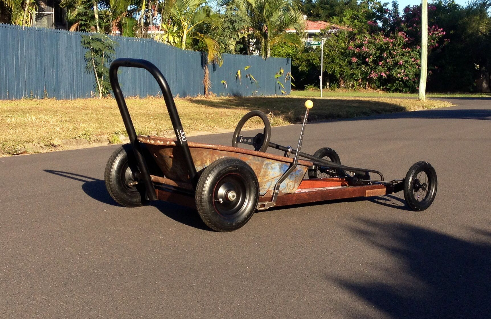 2014 townsville billy cart dash wheel barrow racer. slick