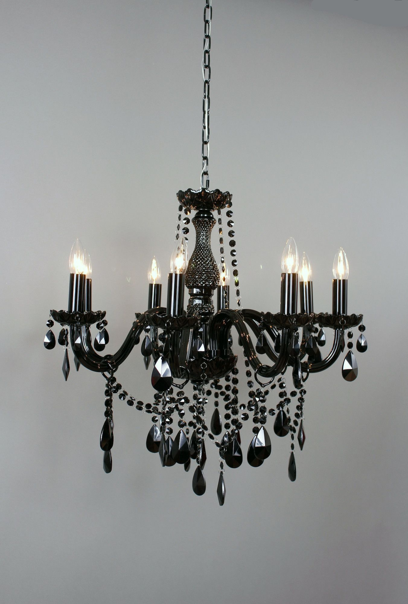 Dimensions 29 5HX24 375WX24 375D The traditional chandelier