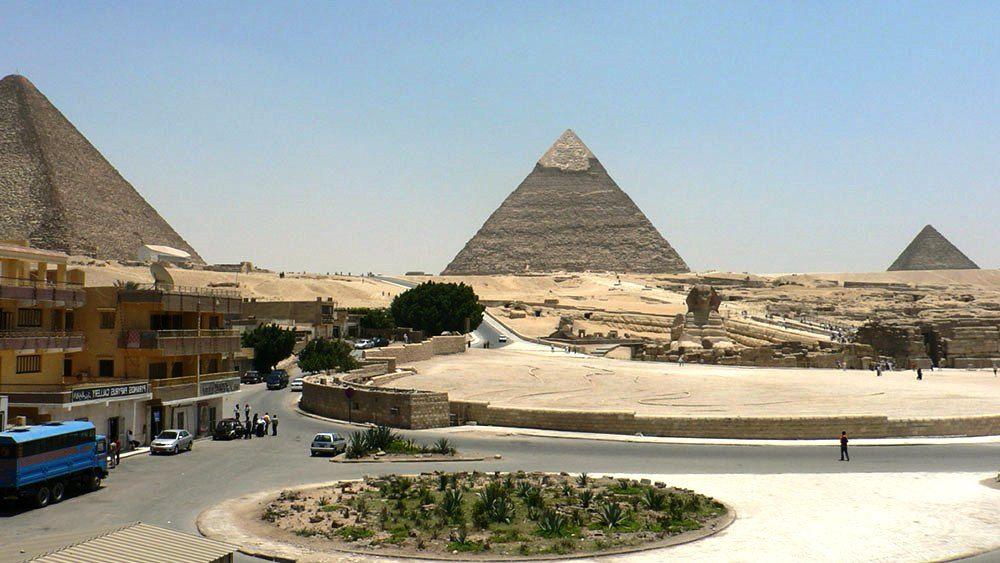 Giza Pyramids Tourism Egypt Next Trip Tourism Egypt Tourism Places In Egypt Breathtaking Places