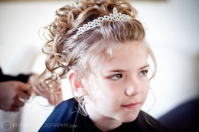 How To Do Hairstyles With Veil For First Communion