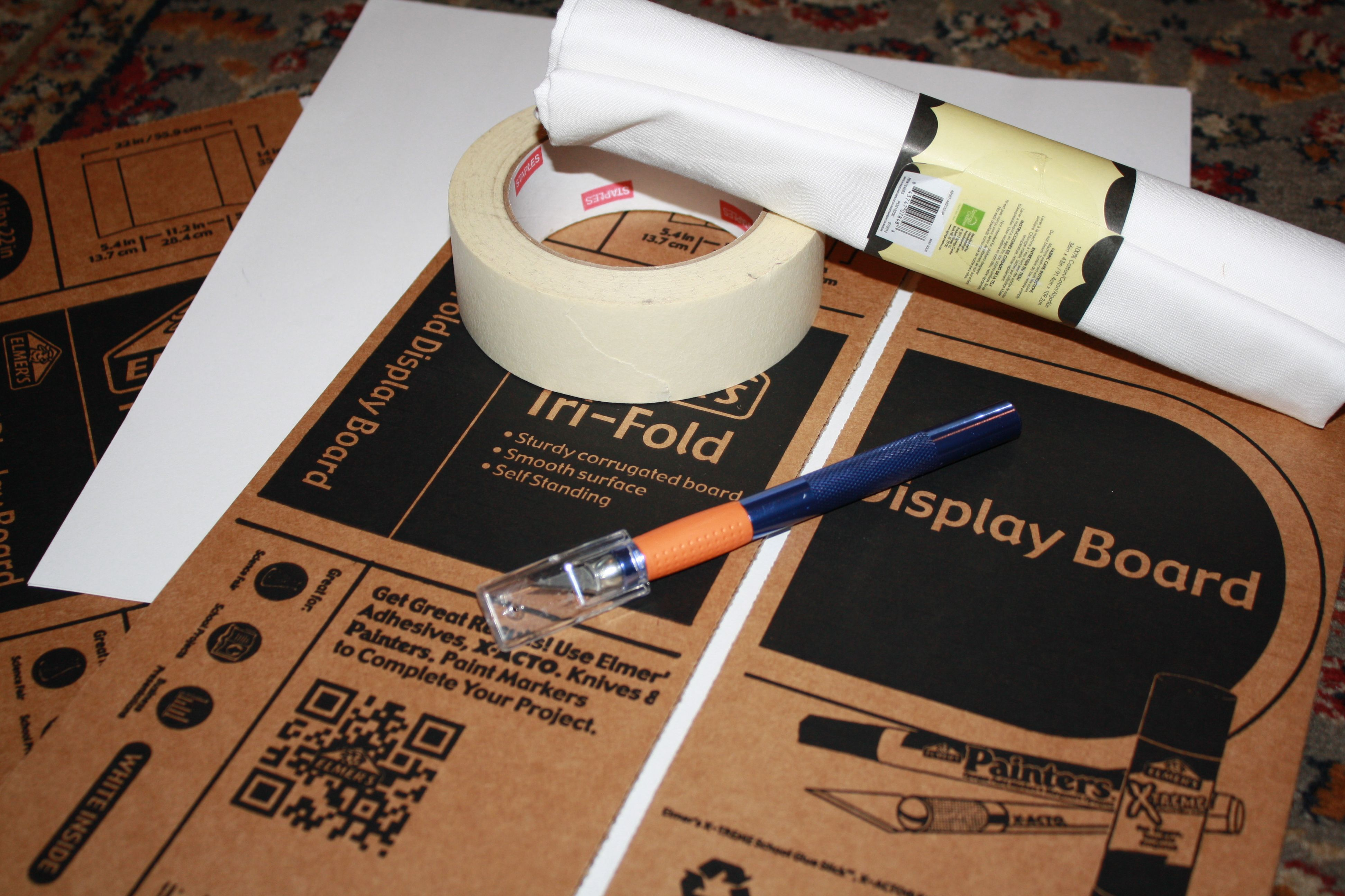 Diy Light Box Tri Fold Poster Board Light Box Diy Tri Fold Poster