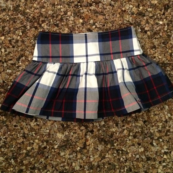 7c2fb255e5 Hollister Skirt This super cute blue, white & red plaid skirt has the sea  gull Hollister insignia on the front of the skirt. It has a side inseam  zipper ...