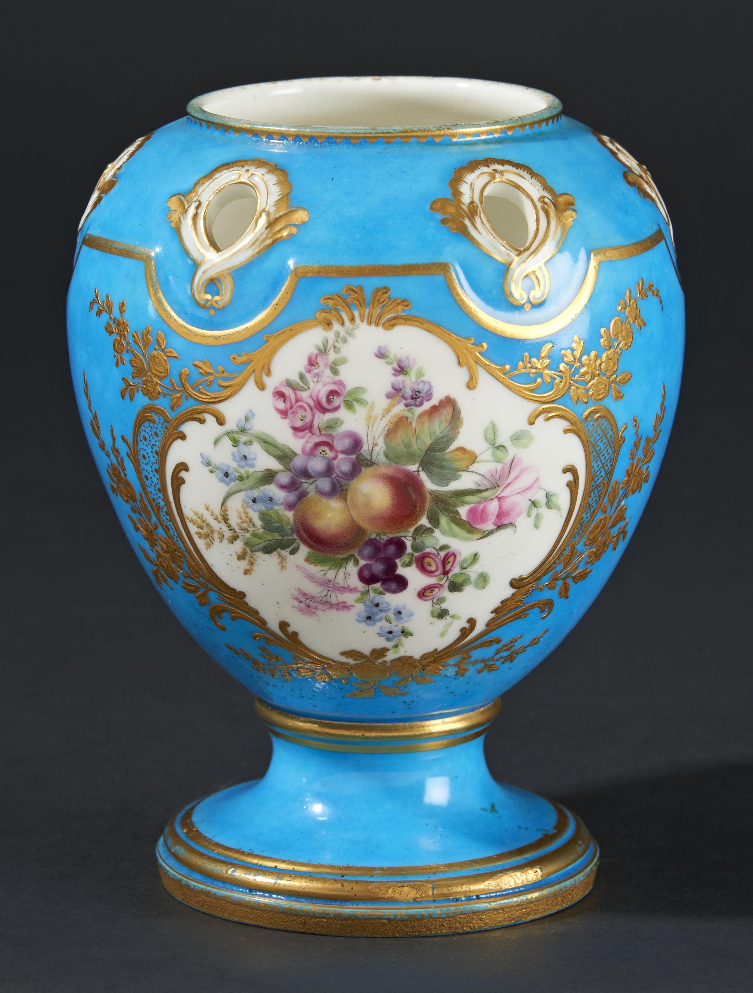 lot sevres vase pot pourri pompadour en porcelaine tendre 224 surd 233 cor de fleurs et