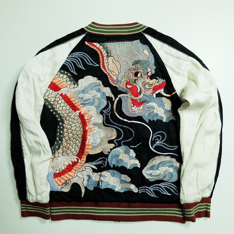 High Quality Japanese Pattern Mens Embroidery Sukajan T-Shirt Myth Dragon Tiger