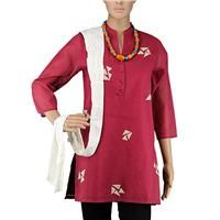 Smart Maroon Aurgandi Kurti worn with white color stol adding a unique look
