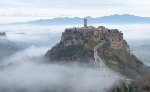 Civita di Bagnoreggio   Italy, Beautiful landscapes and Scenery