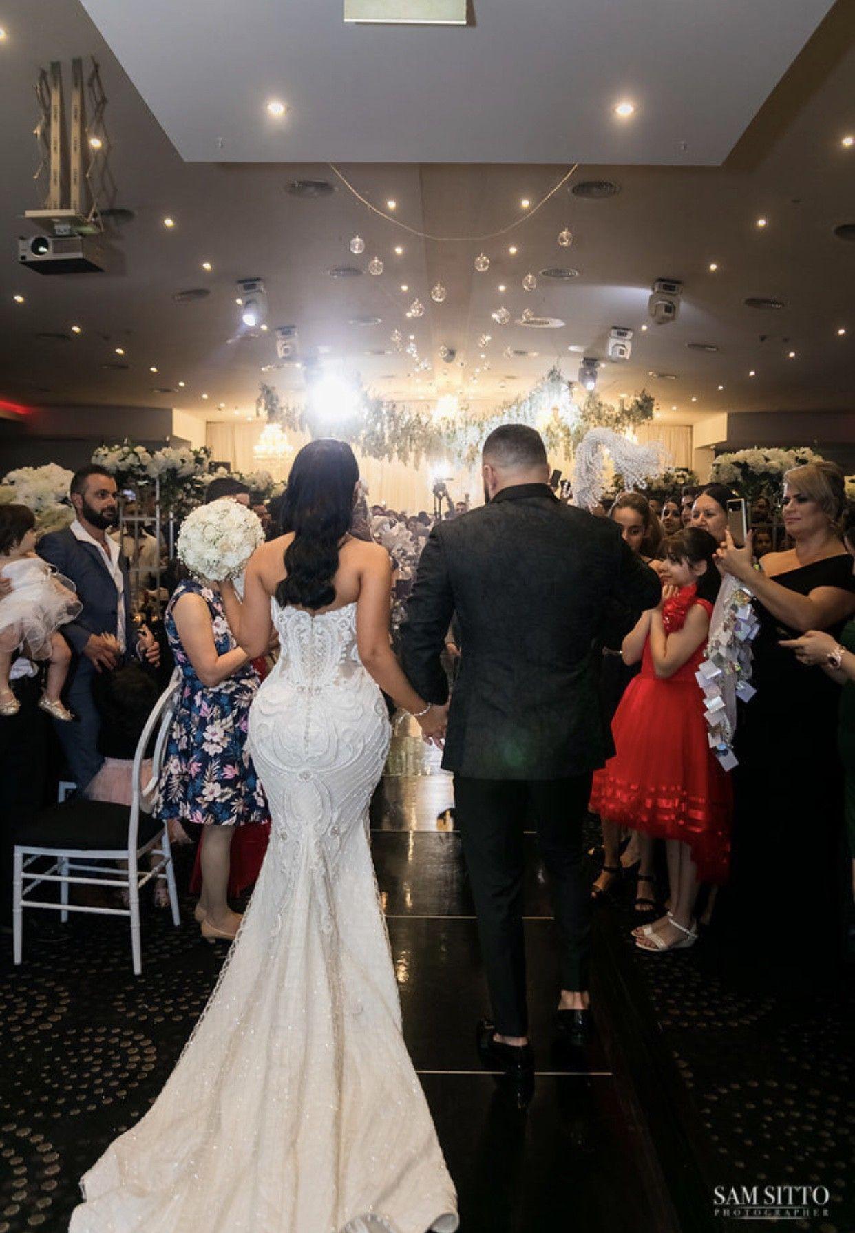Hayley Paige Comet Preloved Wedding Dress Save 53 Preloved Wedding Dresses Tea Length Bridesmaid Dresses Plus Size Wedding Gowns [ 1331 x 874 Pixel ]