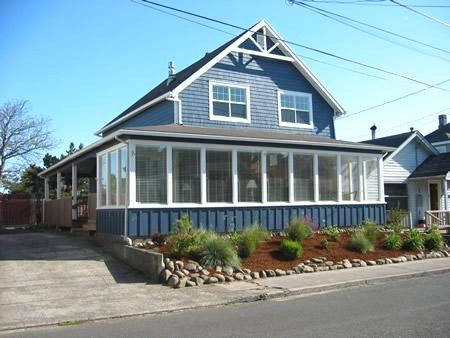 Outstanding Surf Manor Vacation Rentals In Seaside Oregon Coast Home Interior And Landscaping Ologienasavecom