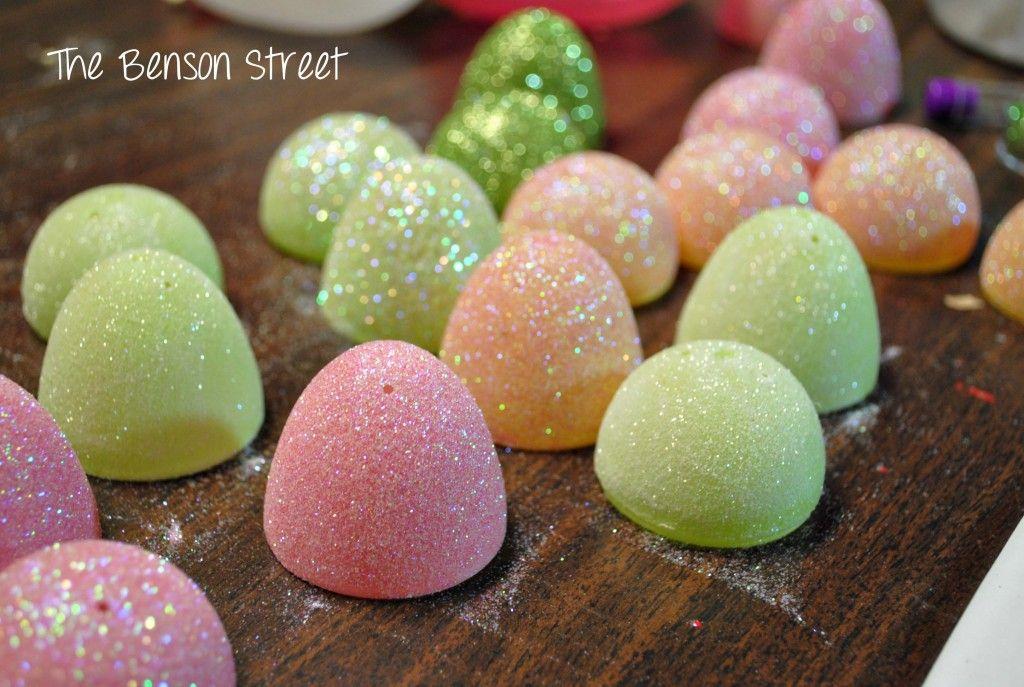 DIY Glitter Eggs at www.thebensonstreet.com 3