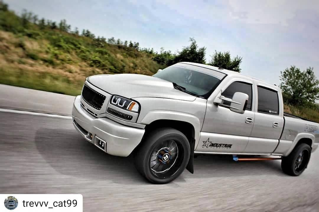 Pin By Kevin Clark On Chevy Trucks In 2020 Gmc Trucks Duramax Trucks