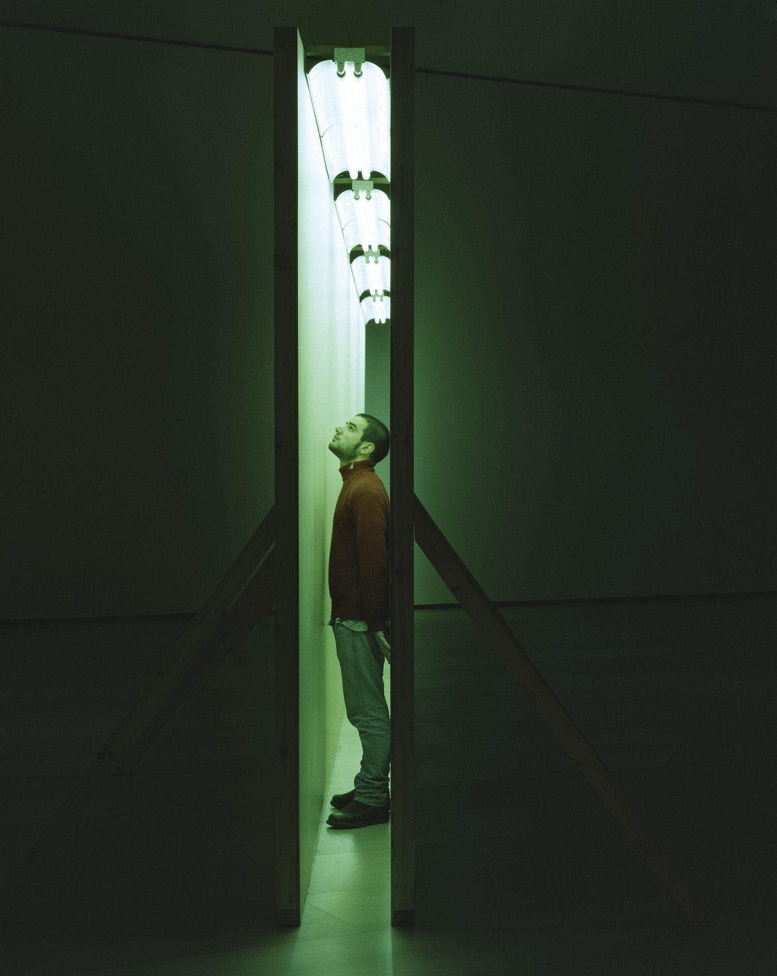 Det kan være meget nemmmere for mennesker at se på kunst og mærke sine følelser i sig selv, igangsat fra en oftest usynlig kunstner