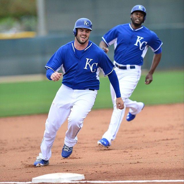 Listen to royals baseball