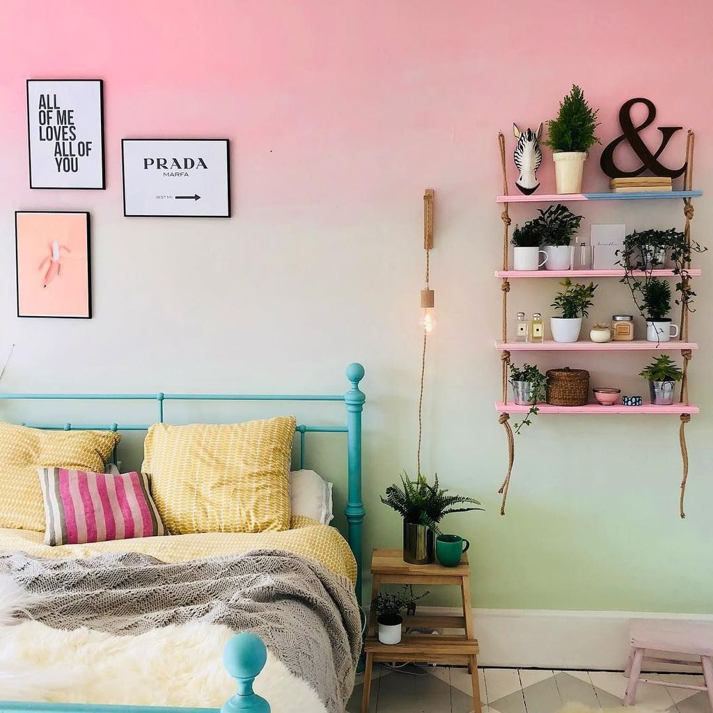 31 Admirable Ombre Wall Paint Ideas For Your Interior Bedroom Wall Paint Bedroom Wall Designs Bedroom Wall