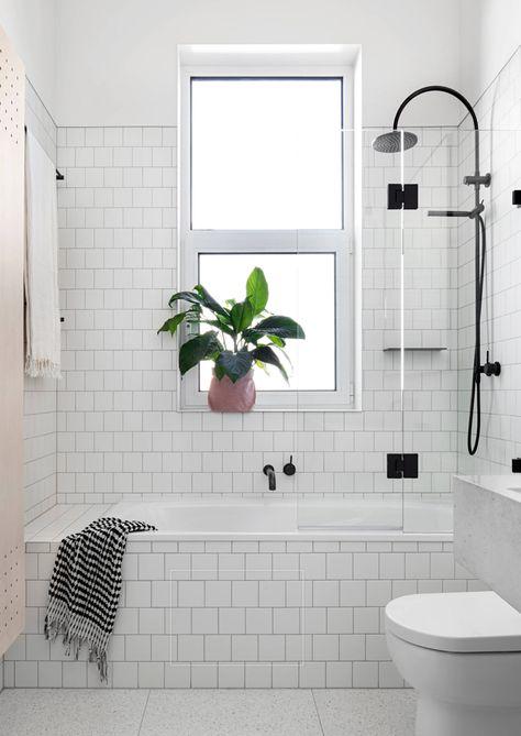 30 Ideas Bath Room Tub Glass Door Window Bathtub Remodel Bathroom Design Small Modern Small Bathrooms