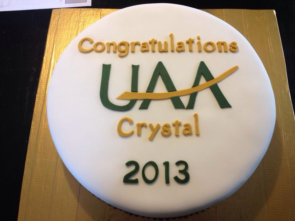 UAA graduation cake