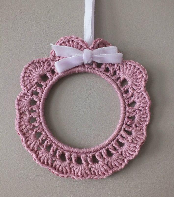 cadre crochet chou d 39 iris crochet pinterest h keln. Black Bedroom Furniture Sets. Home Design Ideas