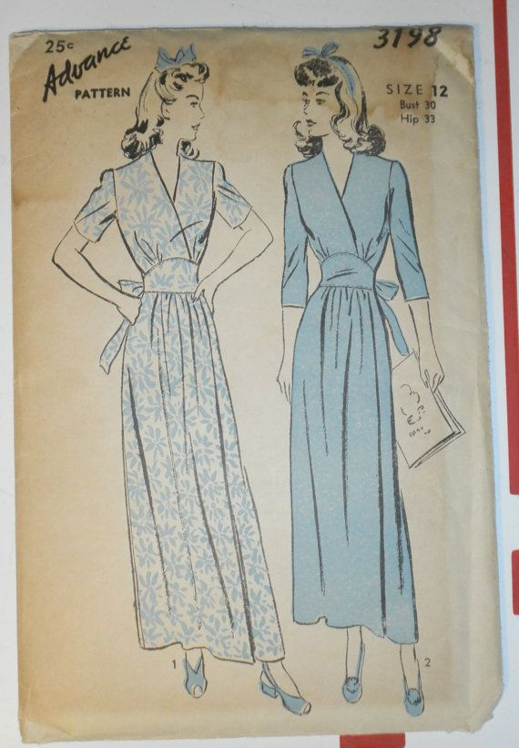 1940s Vintage ADVANCE Sewing Pattern No 4667 by