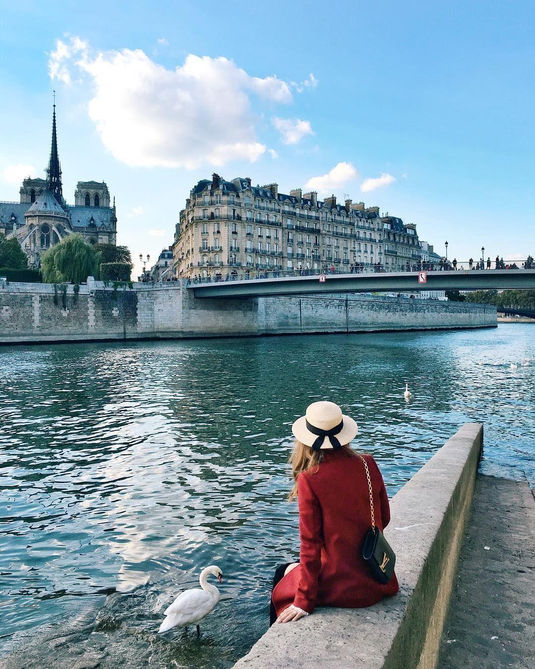 7 448 Likes 80 Comments Jenny Cipoletti Margoandme On Instagram Meet My New Friend Sally The Swan We Hang Out On Su Paris Jenny Cipoletti Paris Travel