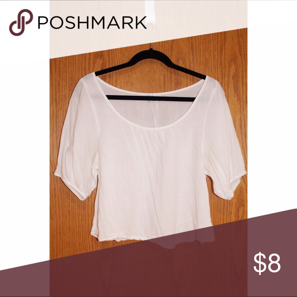 Peasant Top Live out your hippie dreams in this white peasant top! Tops Blouses