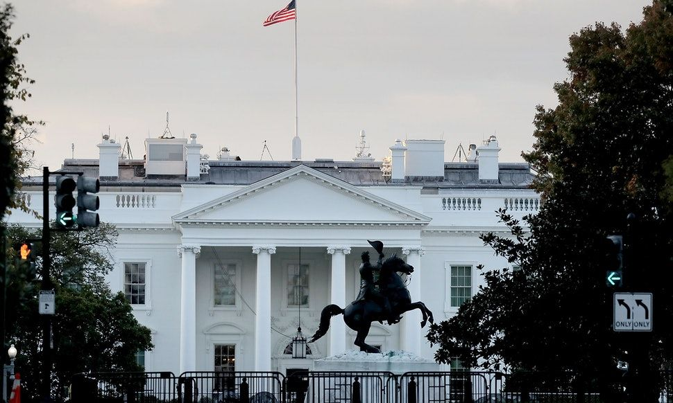 The White House S Flags Were Raised After One Full Day Of Lowering Them For Mccain House Flags White Houses Mccain