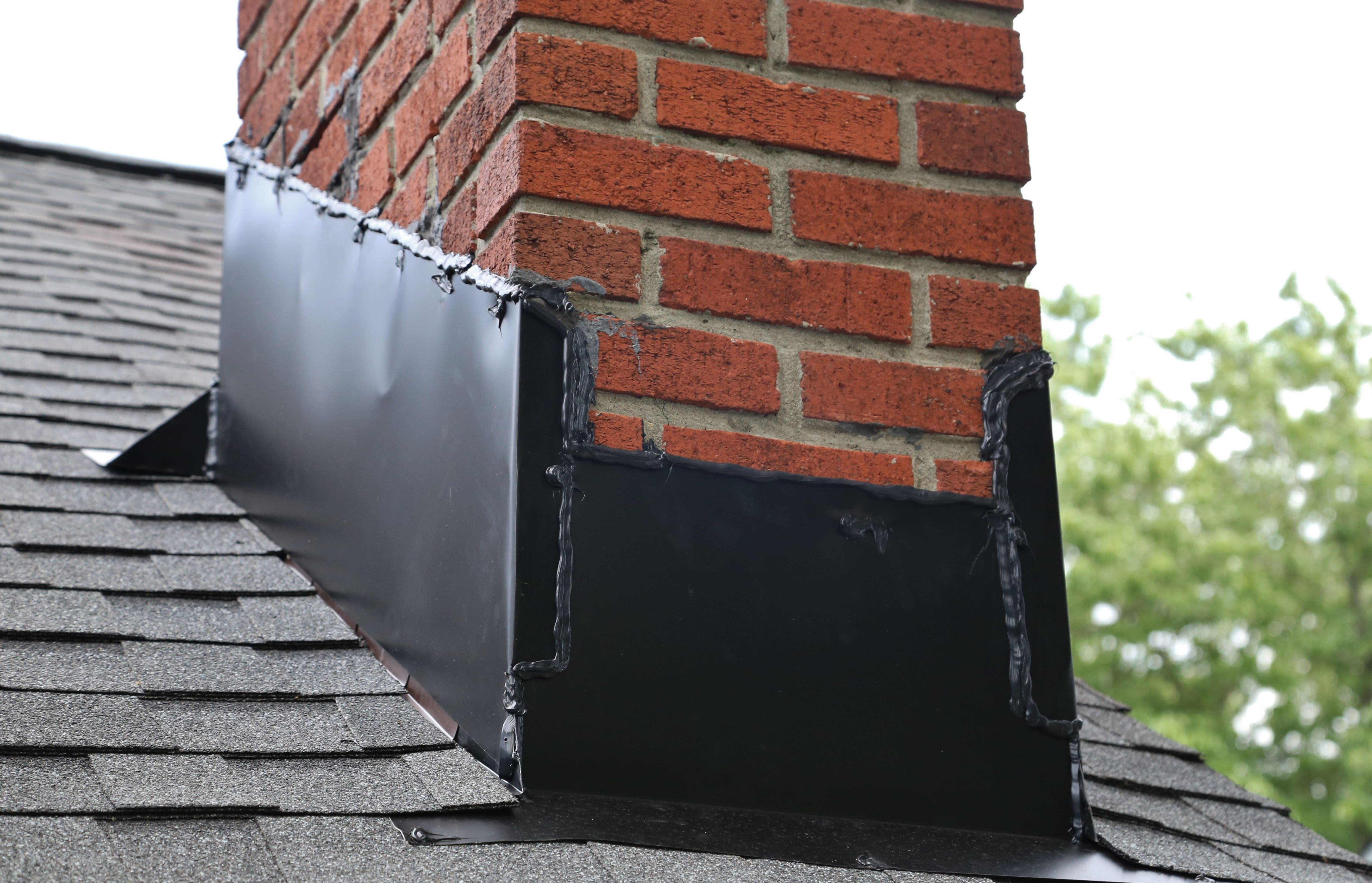 How Roof Slope Affects Your Choice Of Roofing Materials Roofing Materials Roofing Pitched Roof
