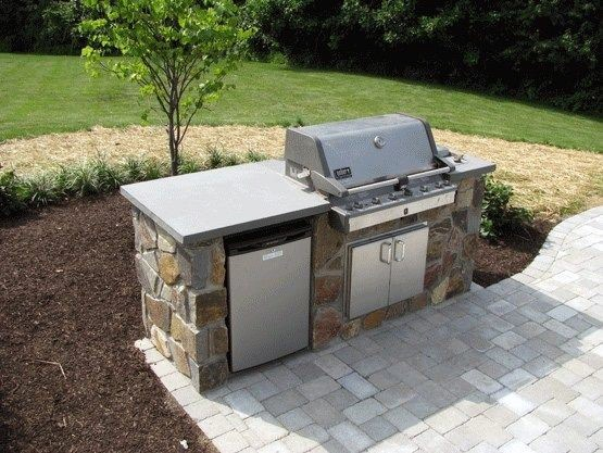 Outdoor Kitchen Ideas Get Inspired By These Impressive And Also Ingenious Outside Kitchen Layout Build Outdoor Kitchen Outdoor Grill Station Outdoor Barbeque