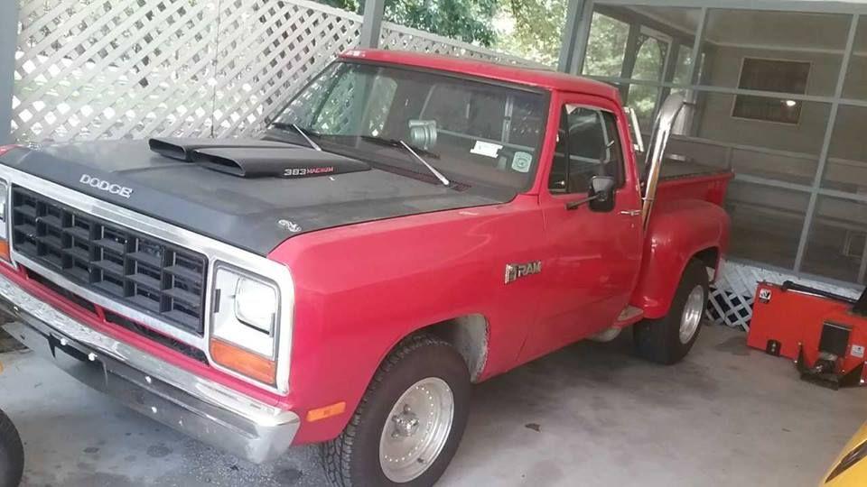 1984 Dodge D100 Stepside (Ellerbe, NC) 13,900 Give our