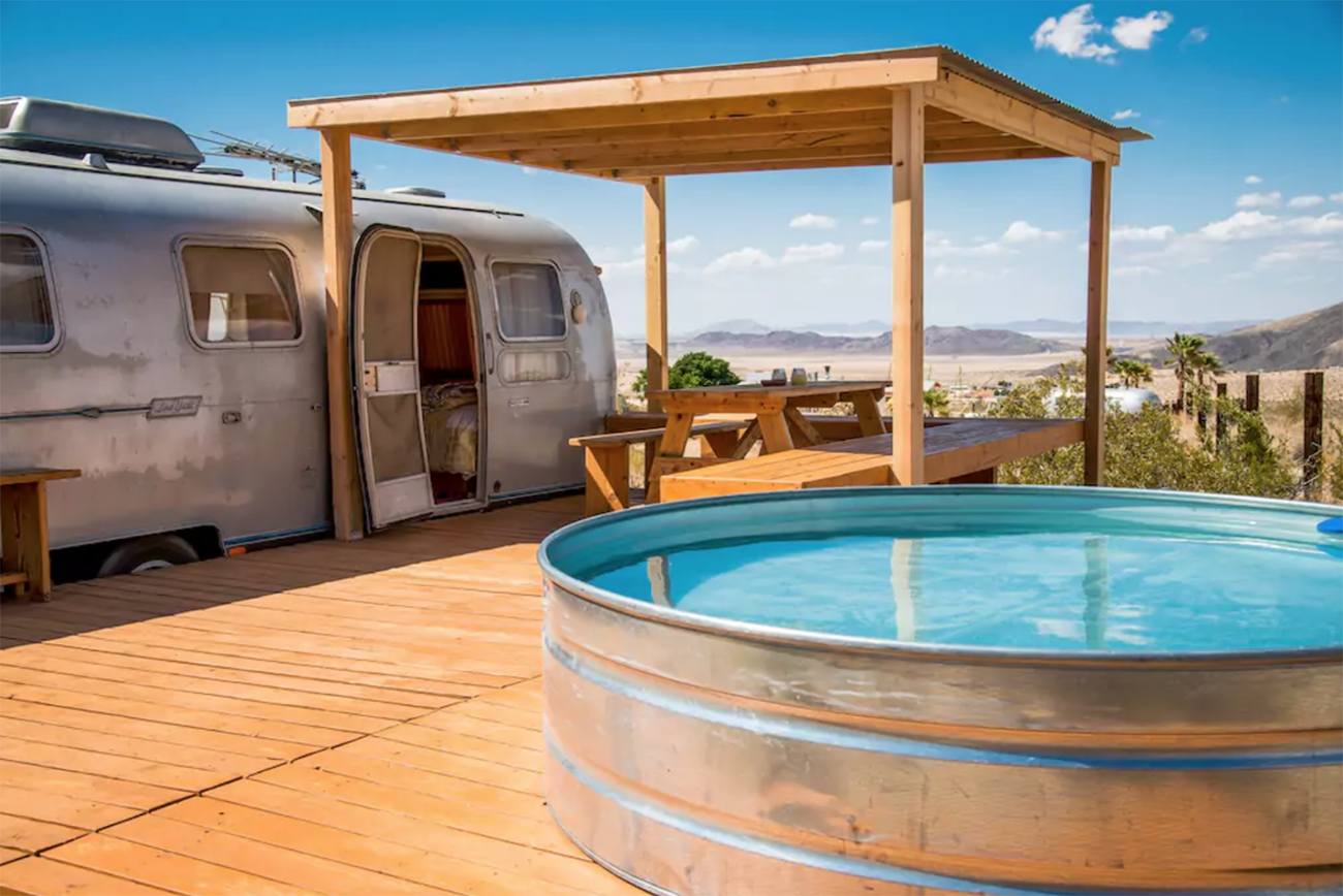 10 Best Vintage Airstream Airbnbs Green Wedding Shoes Vintage Camper Stock Tank Pool Hot Tub Outdoor