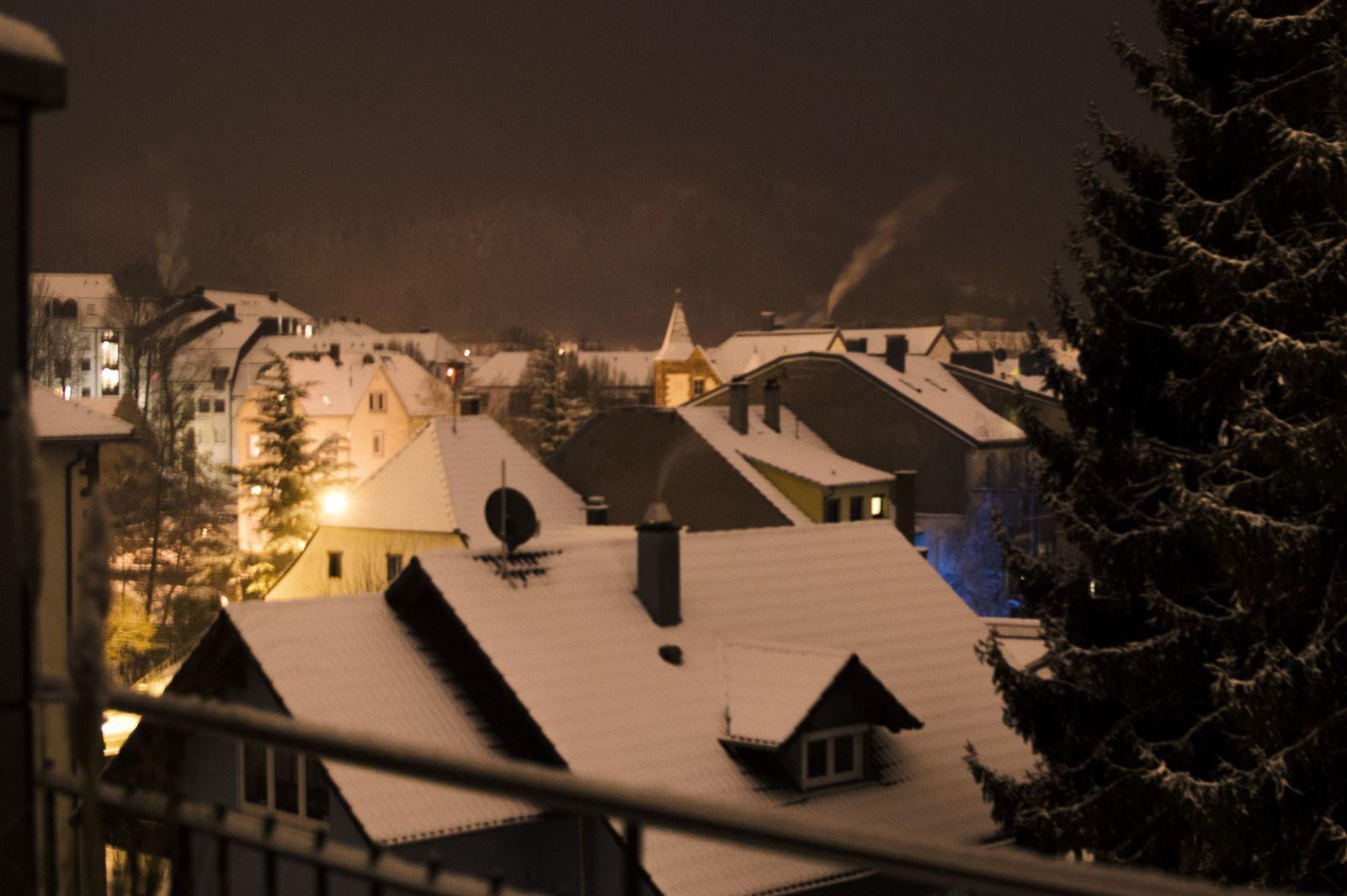 Lahr, Tiergartenstr. Siehst du, ich hab dir Schnee versprochen!!! | von der sich den wolf tanzt