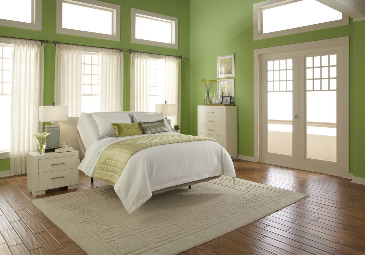 Green Bedroom Airy Atmosphere Green Master Bedroom Green Bedroom Colors Green Bedroom Design