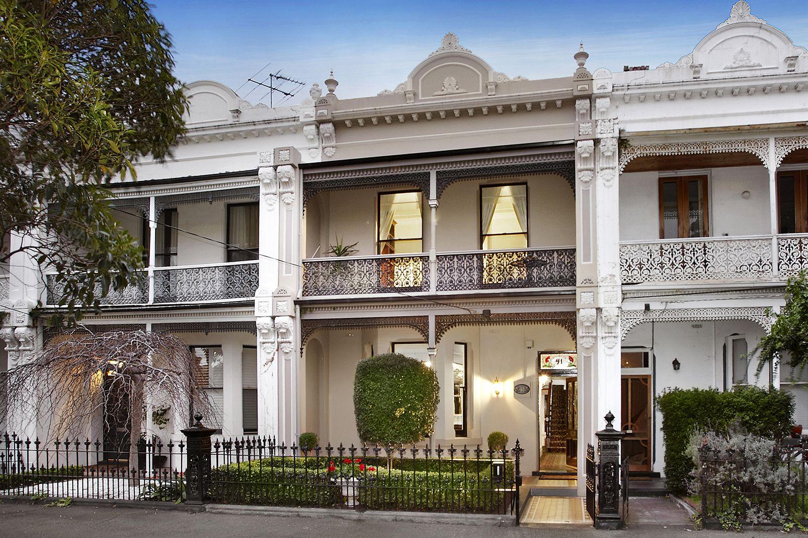 LSA Architects Merton Street Residence Residential
