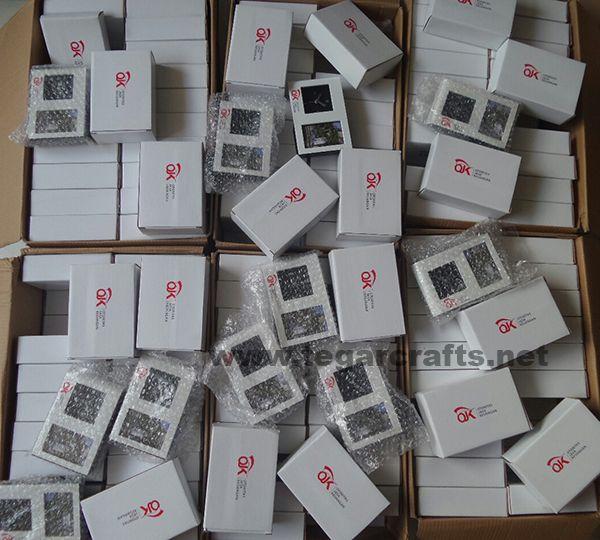 A digital deskclock, product code 6040, 250 pieces