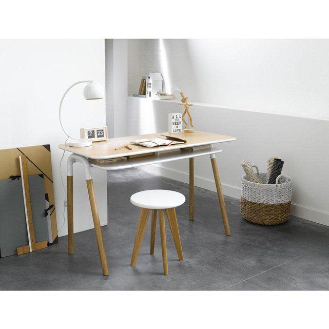 bureau design scandinave craquez pour ce petit bureau au design retro contemporain ligne legere et sobre pile dans la tendance