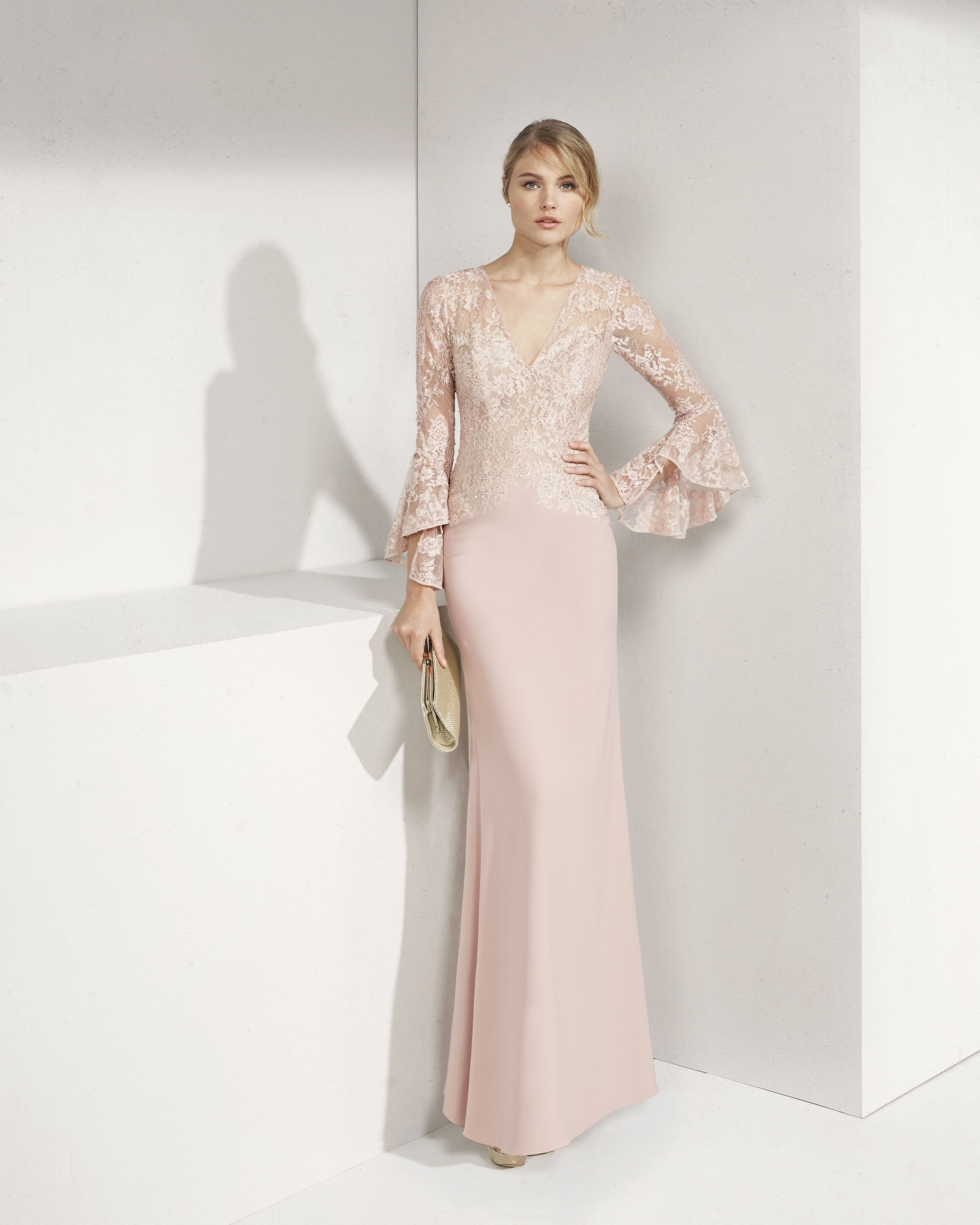 91acd41dafd Lace and crepe cocktail dress. V-neckline and long flounced sleeves. 2019  ROSA