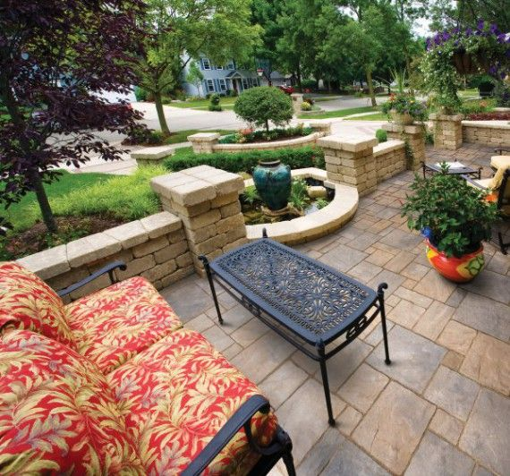 the large format of templehurst pavers from tremron create a