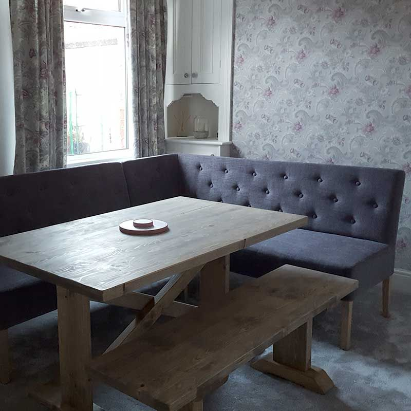 Medina Right Hand Facing Corner Bench With Newsham Table And Bench
