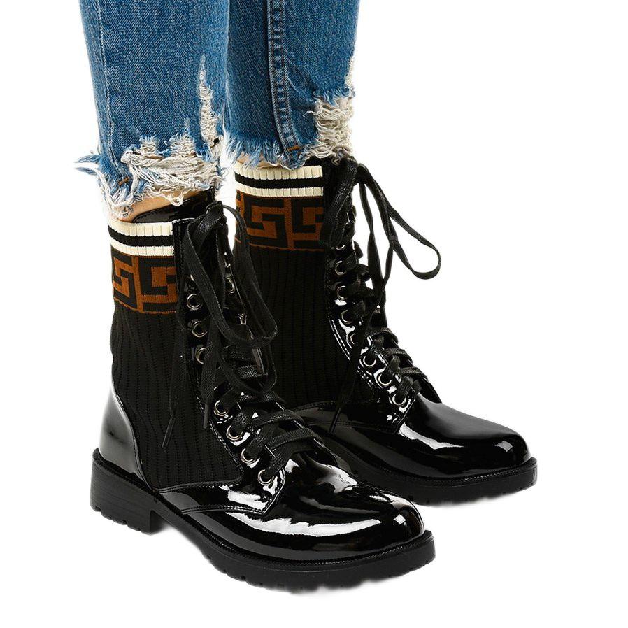 Czarne Lakierowne Botki Z Skarpeta Gwynn Bezowy Brazowe Boots Shoes Fashion