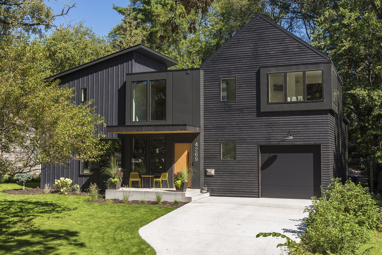 Strand Design Modern Scandinavian Home With Black Steel And Dark Cedar Exterior House Exterior Urban Farmhouse Farmhouse Exterior