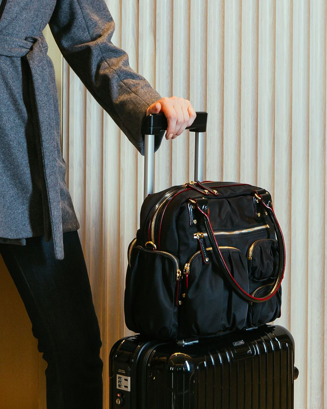 The MZ Wallace Black Bedford Frankie Travel bag is the ultimate travel  companion. Multiple pockets keep you organized and the bag slides over the  arm of ... 40d1250a33d57