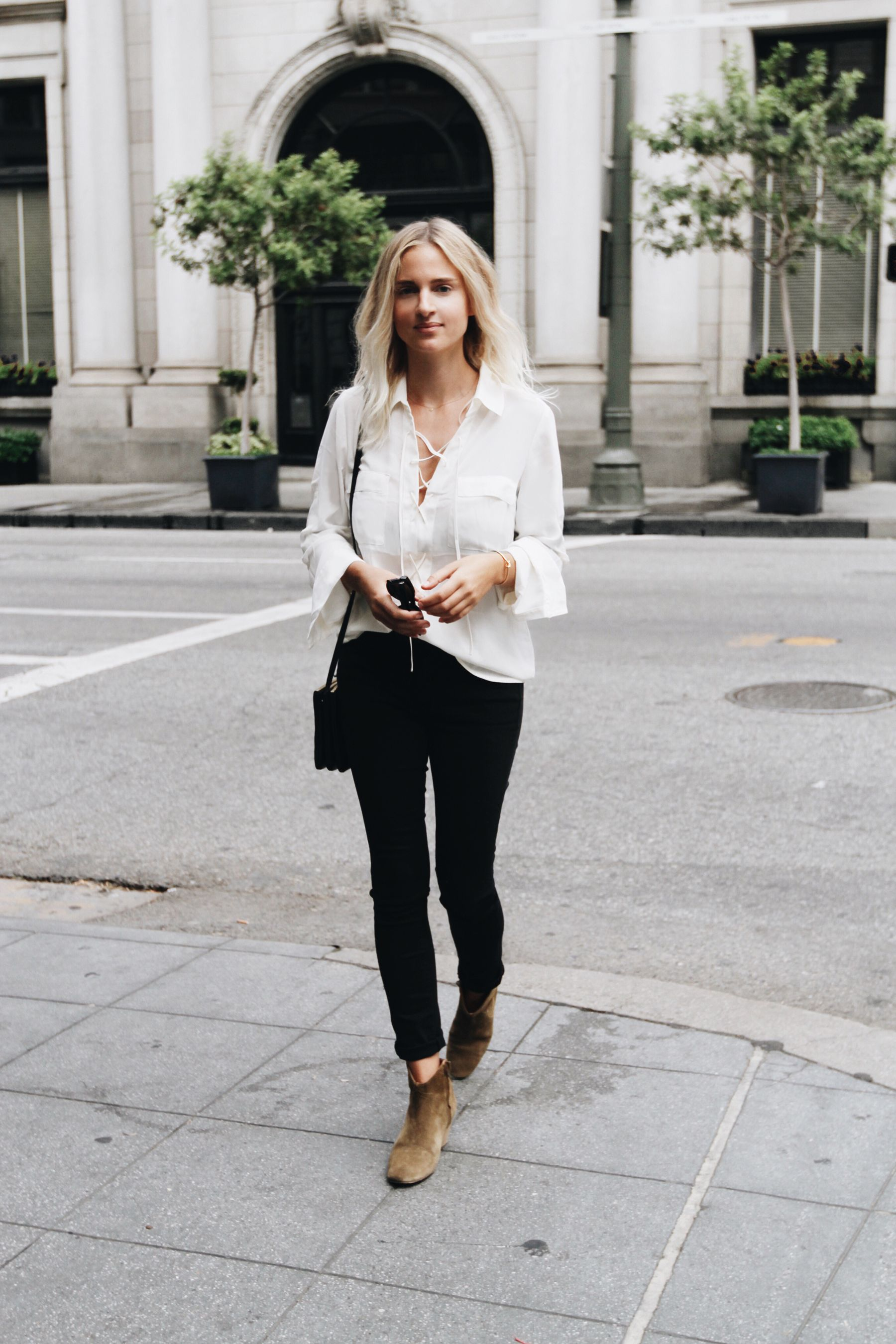 185f715c05 White lace-up shirt