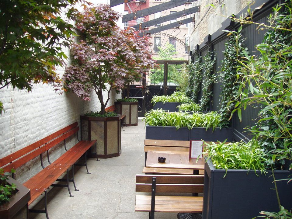 york restaurant outdoor dining