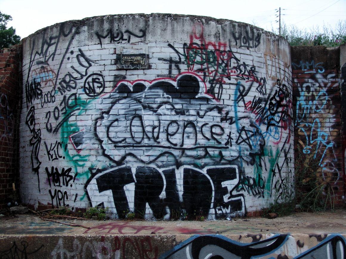 Urbanartbomb graffiti bombing graff streetart
