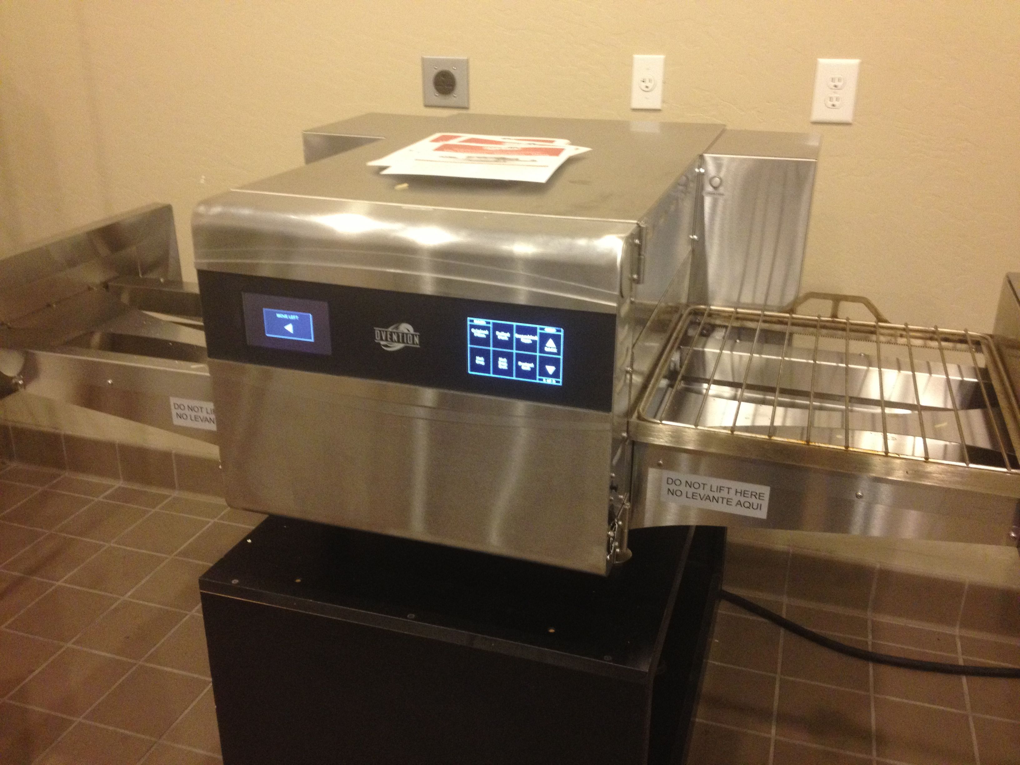 Fast Cooking Ovens This Oven Is Capable Of Doing Conveyor Oven Broilers Convection