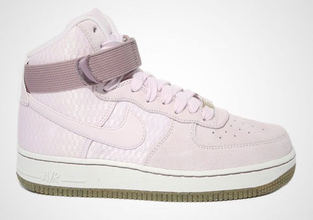 LIVESTRONG x Mister Cartoon x Nike Air Force 1 Low The 25 Best